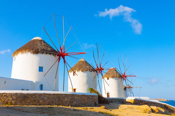 Фотообои греческий пейзаж ветряки (city-0001015)