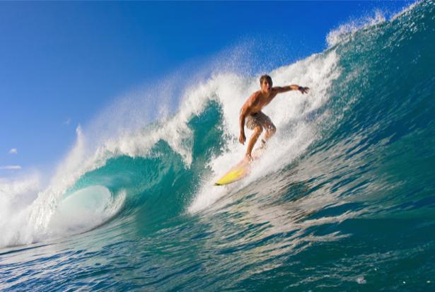 Фотообои сёрфингист в океане (sport-0000011)