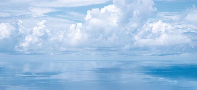 Фотообои Отражение неба (sky-0000154)