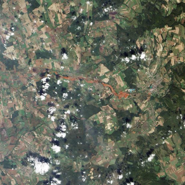 Фотообои на заказ облака над землей (terra-00156)
