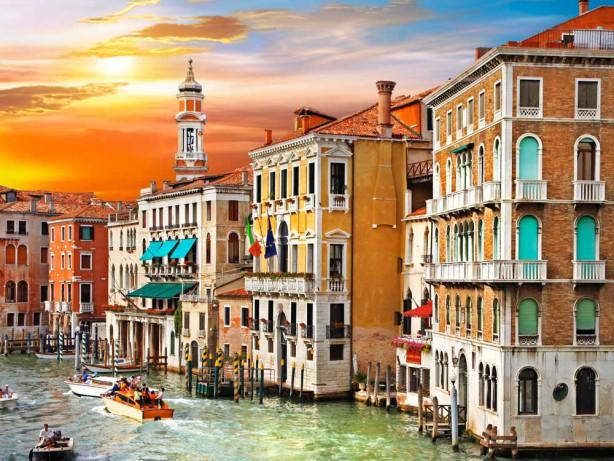 Фотообои улица в Венеции (city1004)