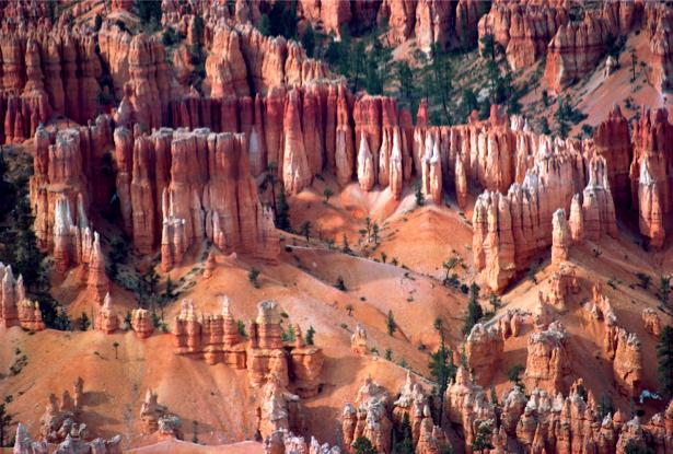 Фотообои горы похожие на замок (nature-00283)