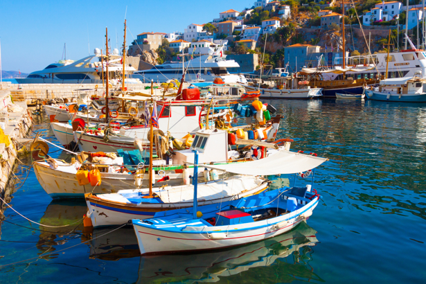 Фотообои лодочна стоянка в средиземном море (transport-0000204)