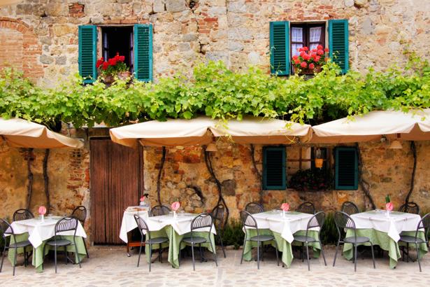 Фотообои кафе кафешки Италии (city-0001214)