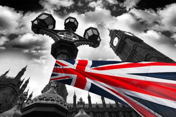 Фотообои Лондон Биг-Бен флаг Британии (city-0001243)