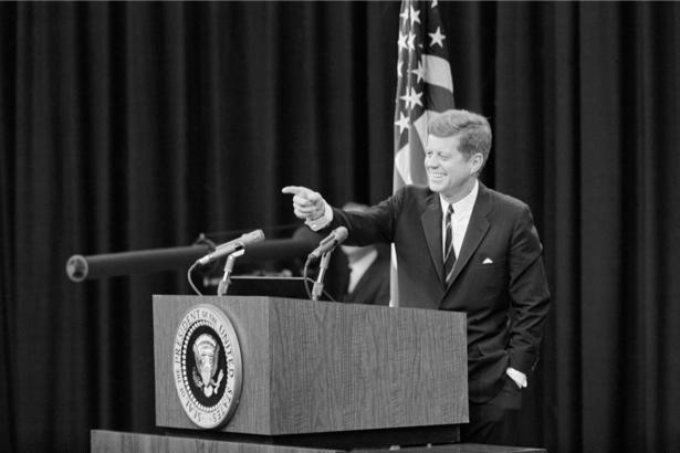 Джон Кеннеди, американский президент (retro-vintage-0000344)