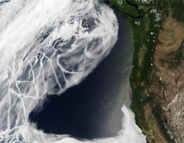 Фотообои NASA фото облачный сюрреализм (terra-00116)