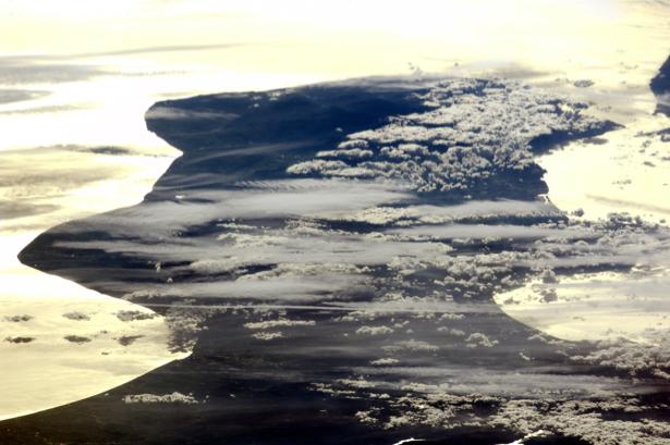 Фотообои на стену на закате (terra-00211)