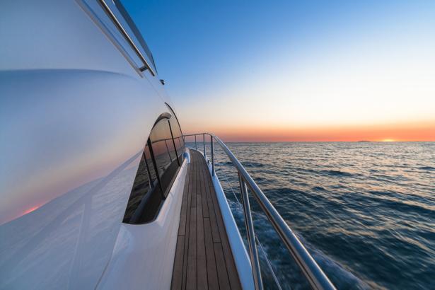 катер в море (transport-0000267)