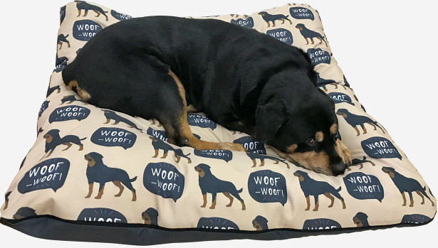 Подушка WOOF (dog-2)