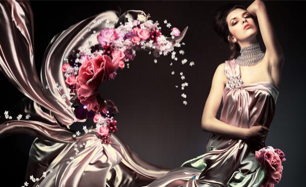 Фотообои девушка платье атлас с цветами (glamour-0000006)