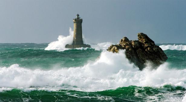 Фотообои море волны маяк камень (sea-0000228)