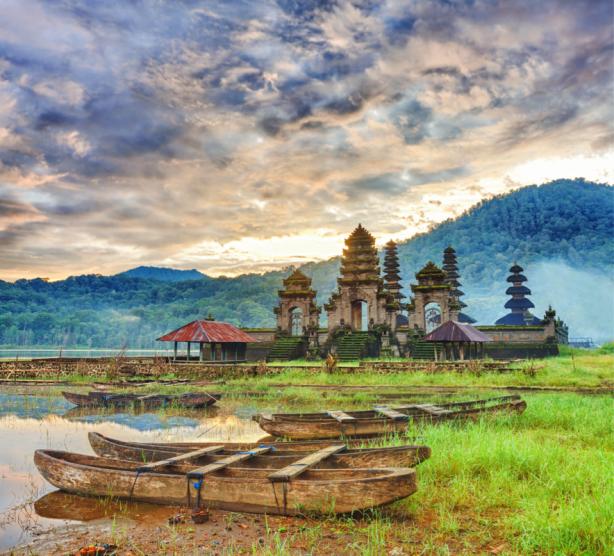 Фотообои храма острова Бали (sea-0000374)