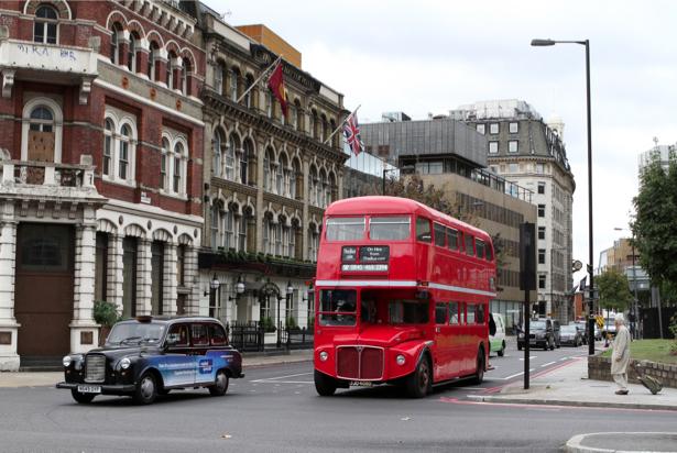 Фотообои английский автобус (city-0001041)