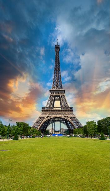 Фотообои фото эйфелева башня небо (city-0001128)