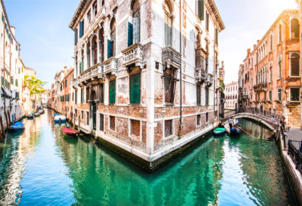 Венеция Италия Фотообои город на реке (city-0001358)