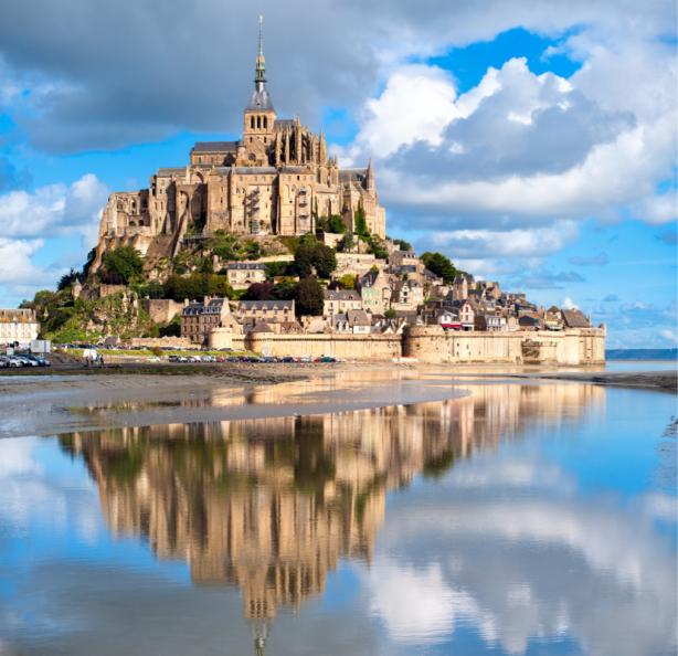 Фотообои Мон-Сен-Мишель замок Франця (city-0001400)