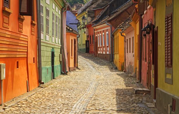 Фотообои улица с цветными домиками (city-0001416)