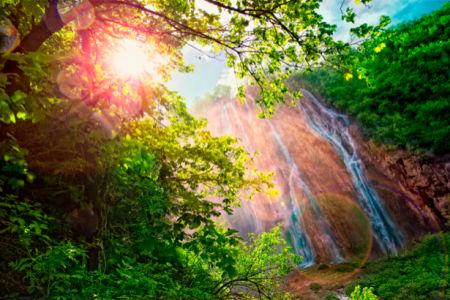 Фотообои с природой горный водопад солнце (nature-00156)