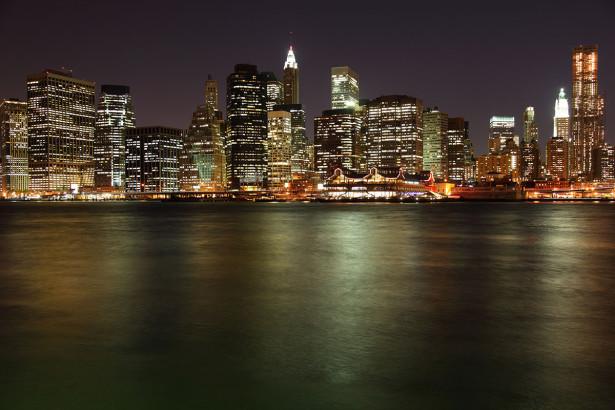 Фотообои Нижний Манхэттен в Нью-Йорке ночью (city-1479)