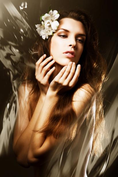 Фотообои девушка с цветами (glamour-0000130)