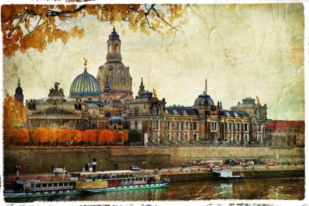 Фотообои Дрезден (retro-vintage-0000372)