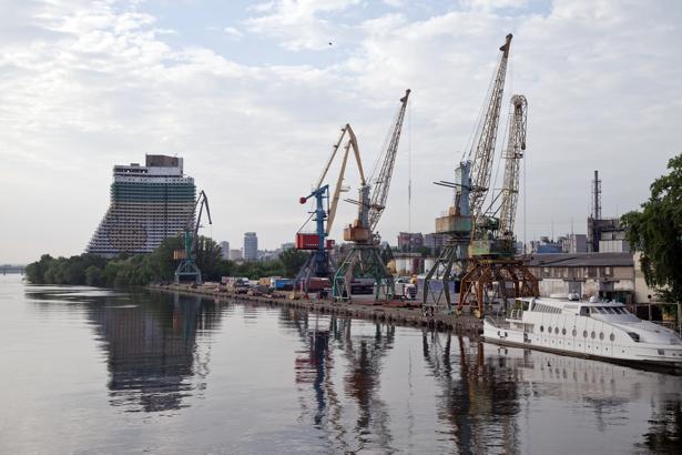 Фотообои Днепропетровск порт Украина (city-0000848)