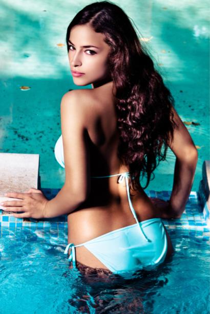 Фотообои девушка в купальнике фото (glamour-0000262)
