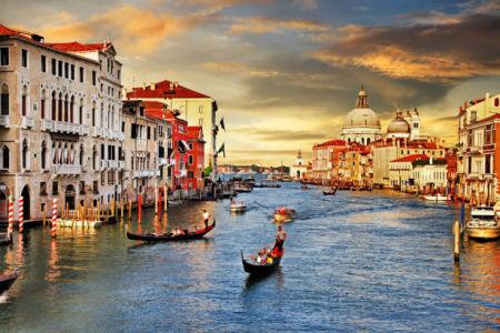 Фотообои канал в Венеции фото (city-0001267)
