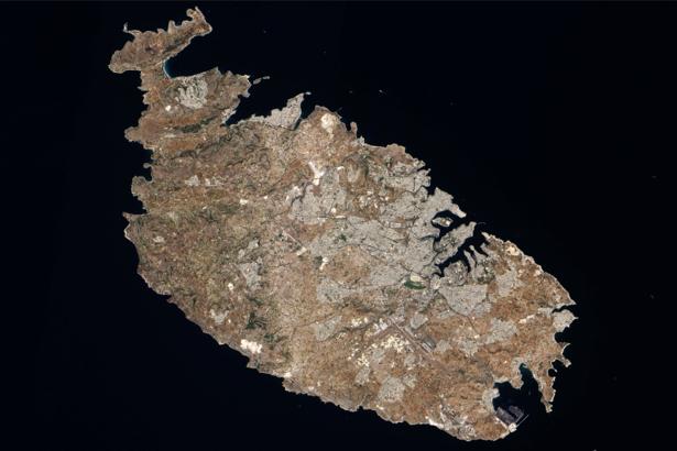 Фотообои на стену остров на чёрном (terra-00181)