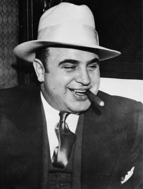 Аль Капоне, ганстер (retro-vintage-0000321)