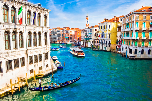 Фотообои канал в Венеции, Венеция, Италия (city-0000034)