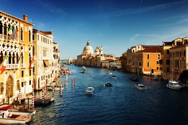Фотообои канал в Венеции (city-0000416)