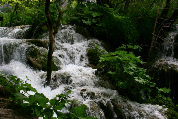 Горный водопад фотообои с природой (nature-00043)