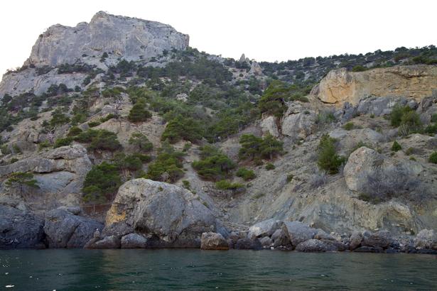 Фотообои море с крымскми горами (nature-00625)