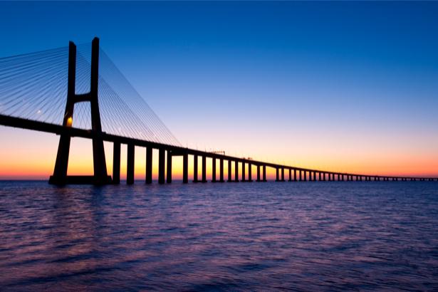 Фотообои Мост Васко да Гама, мост (city-0000305)