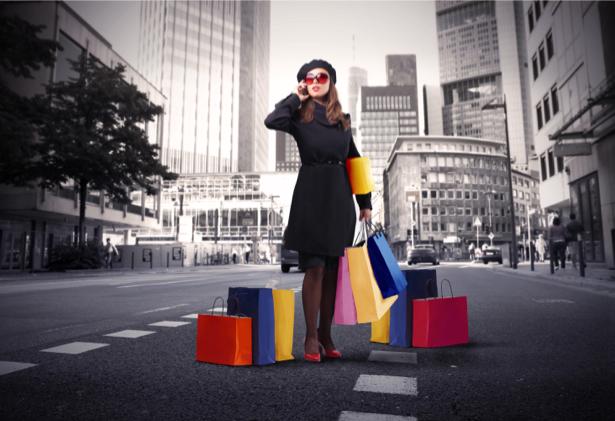 Фотообои девушка мегаполис покупки (glamour-0000116)
