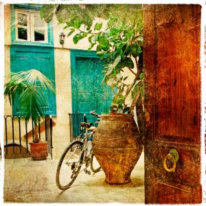 Фотообои итальянский дворик улочка (retro-vintage-0000094)