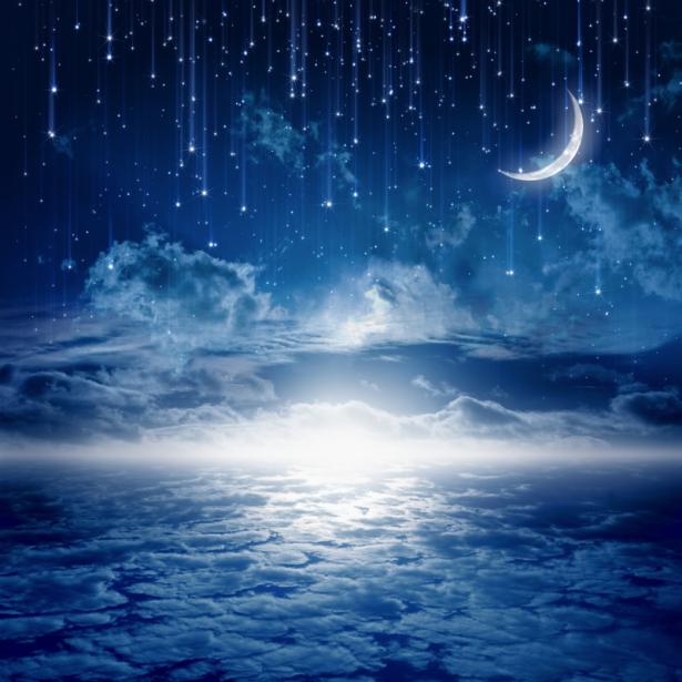 Фотообои месяц в ночном небе (sky-0000136)