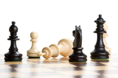 Фотообои для кухни шахматная доска (sport-0000114)