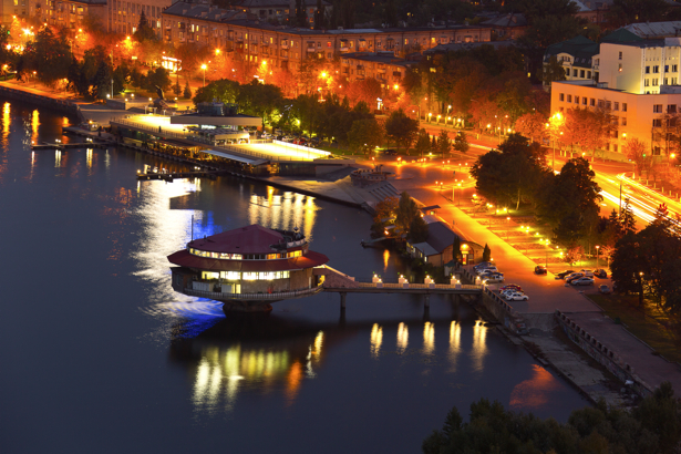 Фотообои Днепропетровск ночь поплавок (city-0000933)