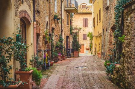 Фотообои Старый город Пиенца (city-0001360)