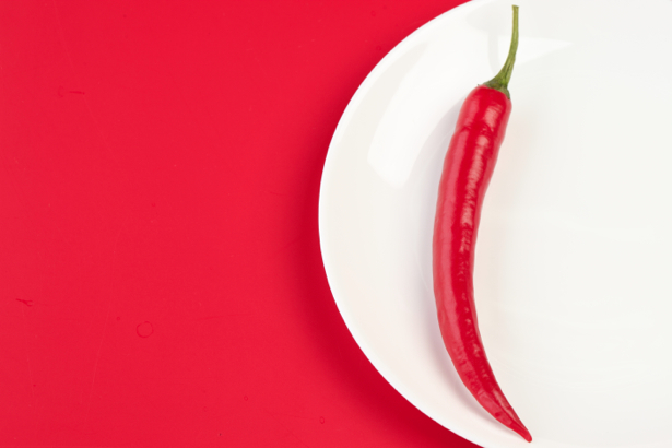 Фотообои Красный перец на красном (food-0000027)