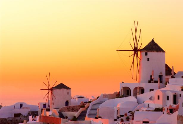 Фотообои ветряки греческий пейзаж (city-0001014)