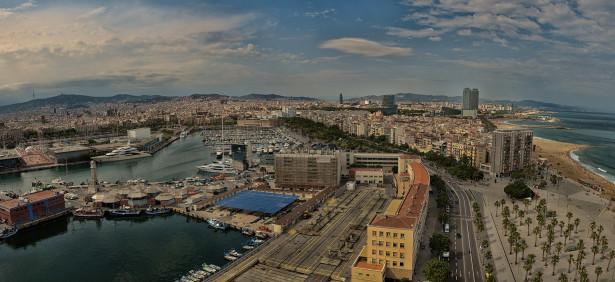 Фотообои панорама городская набережная пальмы (panorama_0000040)
