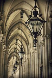Фотообои арка фонари готика (city-0001181)