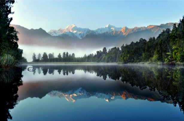 Фотообои с отражением озеро лес горы (nature-00261)