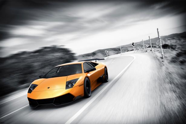 Фотообои спорткар на дороге (transport-0000109)