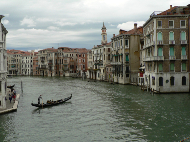 Фотообои канал в Венеции, Венеция, Италия (city-0000220)