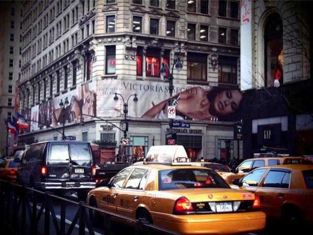 Фотообои Америка Нью-Йорк такси (city-0000557)